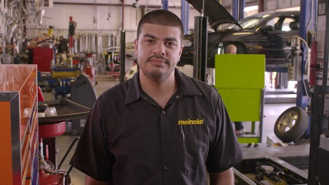 Oil Change Service at Meineke Car Care Preview